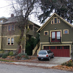 photo of accessory dwelling unit by Radcliffe Dacanay (Creative Commons) www.flickr.com/photos/kworth30/2276499256/in/photolist-cmwQw9-cmyoUs-9n23Uc-crfRQq-4taDVb-akdiCJ-4pr6ng-4taEDh-cLkqLh-cLks67